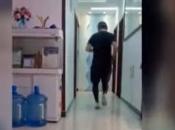 Trčao 50 km oko stola u stanu, boji se koronavirusa