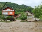 Posljedice nevremena u BiH: Izlila se rijeka, poplavljene kuće, obustave prometa
