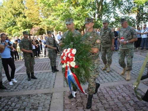FOTO: Obilježena 28. obljetnica stradanja Hrvata na Uzdolu