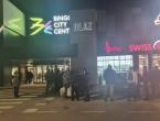 Građani negoduju u Sarajevu: Kupci u tržni centar ulaze jedno po jedno