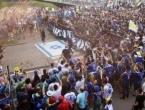 Navijači u Zenici gazili i palili izraelsku zastavu