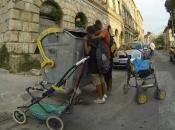 Balkanskim Romima glad je prvi simptom koronavirusa