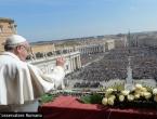 Papa poručio: Sjetite se migranata, izbjeglica i onih koji nemaju ništa