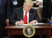 Trump potpisao odluku o uvođenju sankcija Iranu na željezo, bakar i aluminij