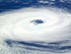 Tajfun Hato približava se Kini, evakuirano 4.000 osoba