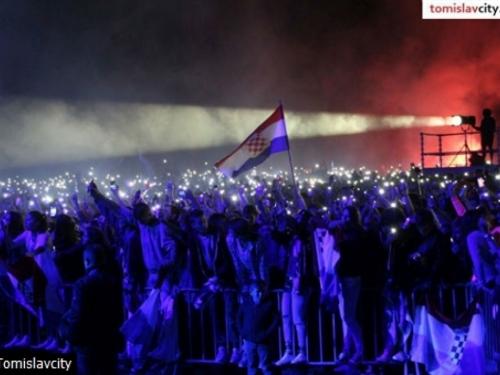 Thompson u Tomislavgradu pred više od 10.000 ljudi