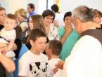 FOTO: Blagoslov djece u crkvi sv. Ane u Podboru