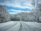 U BiH otežan promet zbog snijega, oprez na poledicu i odrone
