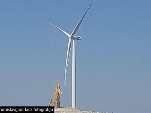 Niknula prva vjetrenjača u Tomislavgradu