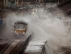 U oluji Doris u Velikoj Britaniji jedna osoba izgubila život