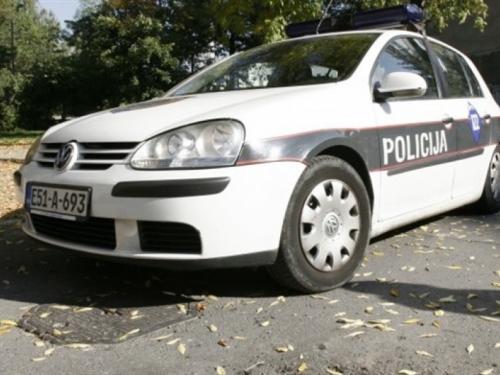 Policajac spasio dva mlada života