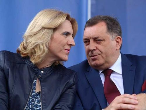 Samo ljepilo MMF-a drži BiH na okupu