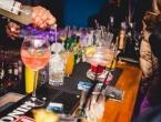 Austrijanci označili bar u Makarskoj kao mjesto gdje se veliki broj ljudi zarazio koronom
