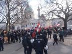 U Beču prosvjednici protiv mjera izašli na ulice: 'Više ne želim nositi ovo sranje od maske!'
