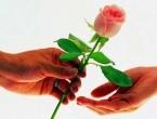 Iran zabranio proslavu Dana zaljubljenih