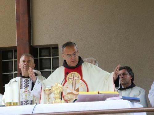 FOTO: Vanjska proslava sv. Ante u župi Gračac