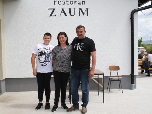FOTO: Restoran ''Zaum'' proslavio prvu godišnjicu rada