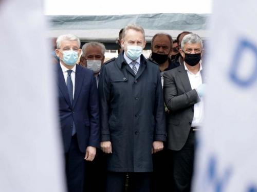 Izetbegović: Preskočili su sve Hrvate i došli do Novalića
