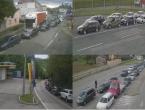 Ovako jutros izgledaju granični prijelazi u BiH: Gužve, kolone, zastoji i čekanje