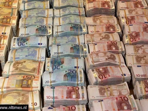 Hrvat pokušao dignuti milijun eura sa lažnim dokumentima