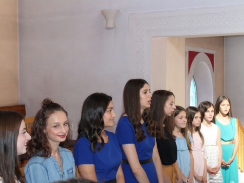 FOTO: U Prozoru održan dječji festival ''Djeca pjevaju Isusu''