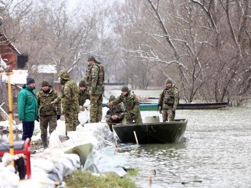 Hrvatska pod vodom, stanje je sve teže a ljudi su na izmaku snaga