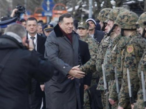 Dodik: Nisam zadovljan položajem Srba u Oružanim snagama BiH