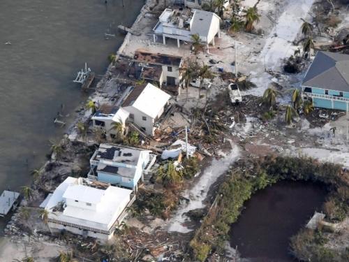 Uništena četvrtina domova na otočju Florida Keys