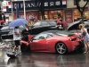 Kineskinja unajmila Ferrari i razbila ga nakon par metara
