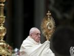Papa: Bolji je 'divlji' nego nepromišljeni brak