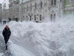 ''Sniježna apokalipsa'' zatrpala Moskvu, 60.000 ljudi čisti ulice