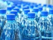 Ispitano 250 plastičnih boca s vodom, znanstvenici pronašli plastiku u svakoj