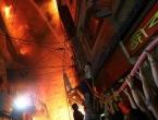 U stravičnom požaru u Dhaki poginulo najmanje 70 ljudi