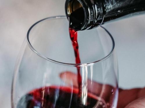 I ona jedna čaša vina štetnija je nego što mislite