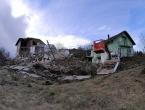 Strašni prizori urušavanja kuća u Hrvatskoj Kostajnici