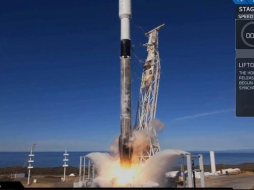 SpaceX lansirao raketu s rekordna 64 satelita