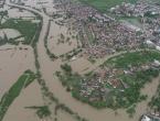 Stradalo 1.350 kuća, stvoreno šest klizišta, srušen most