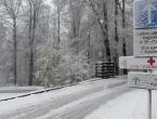 Snijeg, led i jak vjetar otežavaju promet u BiH