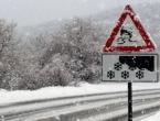 Zbog snježnih nanosa i dalje zatvorena cesta Tomislavgrad - Prozor