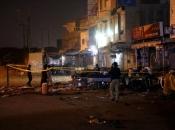 Pakistan: Bombaš se raznio na tržnici