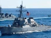 Ruska mornarica zatekla američki brod u svojim vodama, protjerala ga