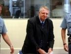 Šešelj stigao u Beograd - 'Odmah se bacam na politiku'