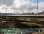 Mostarci u posljednji tren spriječili očajnu djevojku da skoči s mosta