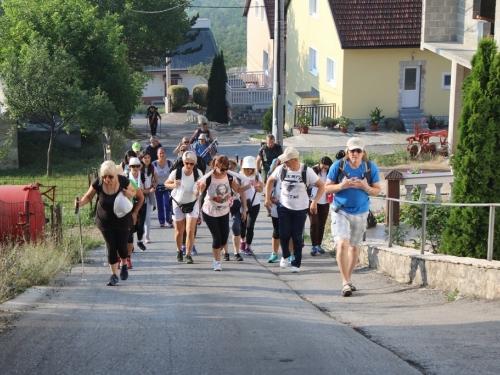 Foto: Ramski hodočasnici krenuli jutros pješice u Sinj