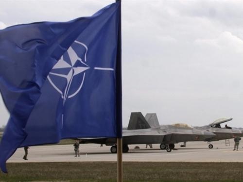 NATO bi se trebao priključiti koaliciji protiv ISIL-a