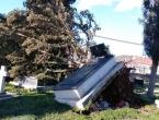 FOTO: U Hercegovini olujni vjetar ruši sve pred sobom