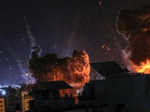 Izrael uništava Hamasove tunele. Hamas ispalio stotine raketa