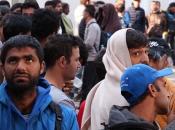 Migranti ne vjeruju da je kamp pun, a građani strahuju: Dijete ne smijem samo pustiti u školu