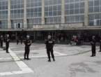 Krvava tučnjava na Željezničkoj stanici: Migrant uboden nožem u butinu