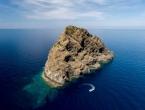"""Jeste li čuli za Jabuku, hrvatski otok u čijoj blizini igla kompasa """"poludi""""?"""